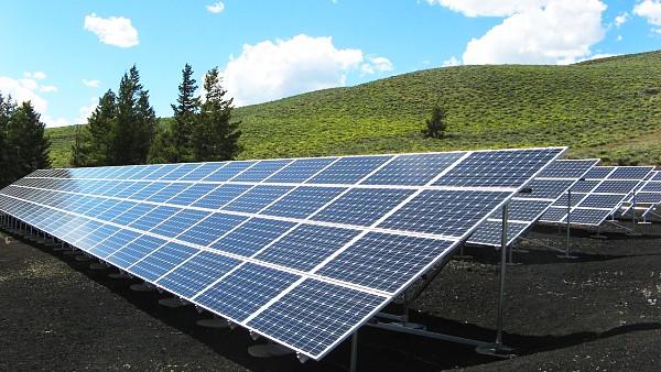 madagascar lance enfin sa premi re centrale solaire. Black Bedroom Furniture Sets. Home Design Ideas