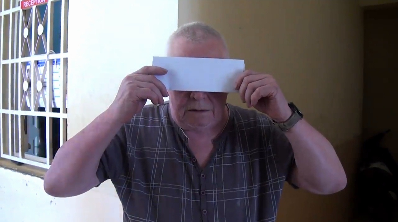 VIDEO. Un touriste pédophile français échappe à une justice populaire